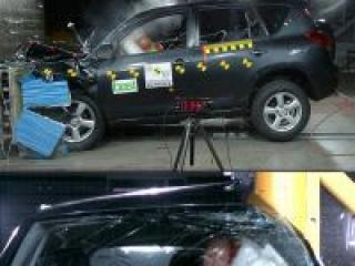 На тест-драйвах замечен новый Toyota RAV4