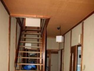 Если в доме есть второй этаж – без лестницы не обойтись