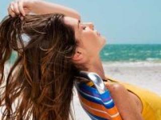 Как уберечь волосы от летней жары