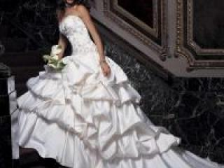 Свадебные платья для женщин - выбор не из легких