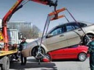 """Неправильно припаркованные авто с АКПП будет эвакуировать """"паук"""""""