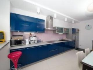 Как обустроить кухню в квартире?